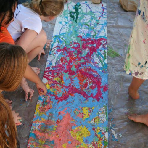 Children painting at ArtSpa